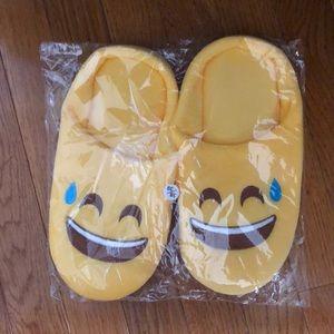 Emoji slippers 😅